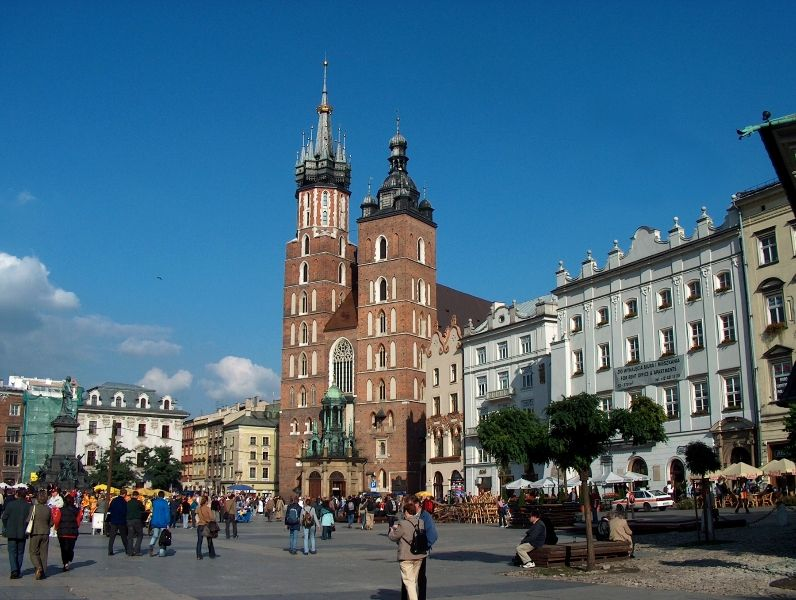 Cracow city guided tours – who should decide on this trip?